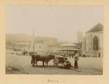 France, Annecy, Fin de Marché sur la Place de l'Hôtel de Ville  Vintage cit