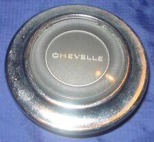 BH065 1967 Chevrolet Chevy Chev Chevelle Horn Button Steering Wheel Center Cap