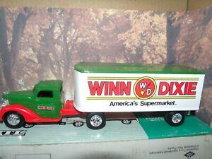 1/43 Ertl 1948 tractor trailer bank  truck