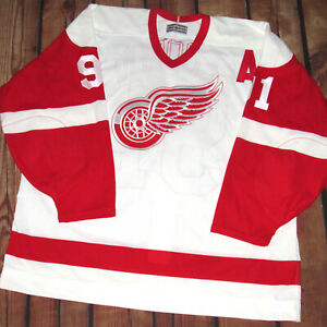 100% Authentic CCM Detroit Red Wings Sergei Fedorov Home Jersey SZ 54 Maska New