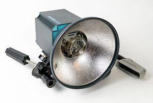Broncolor Primo Flash Head w/ Umbrella Reflector