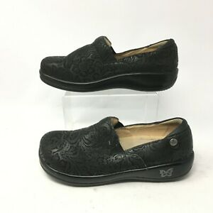 Alegria Keli Professional Clog Shoes Womens 39 Black Leather Paisley Embossed