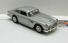 Aston Martin DB 5,  silber met