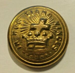 "Vintage Metal Uniform Button Gold Tone Knights Templar in Hoc Signo Vinces 7/8"""