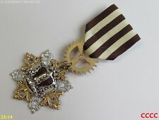 Steampunk badge brooch pin drape Medal cream brown striped silver crown
