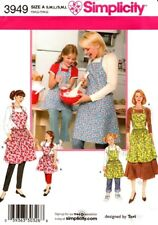 Simplicity Sewing Pattern 3949 Childs and Misses Apron  Size S, M, L