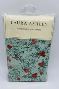 Laura Ashley Holiday Holly Dinner Napkins Christams Set of 4 New