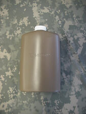 US MILITARY PLASTIC 1 PT PILOT FLASK / CANTEEN, COYOTE