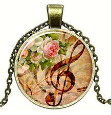 Médaillon vintage + Chaine collier bronze/Medallion +Chain necklace/ Music,retro