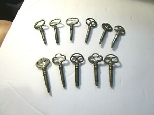 Collection of 11 Vintage Sewing Machine Cabinet Keys