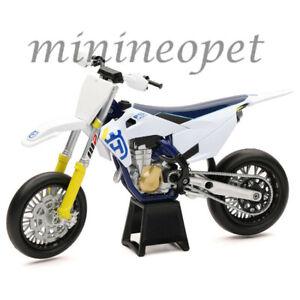 NEW RAY 58163 HUSQVARNA FS 450 DIRT BIKE MOTORCYCLE 1/12 WHITE