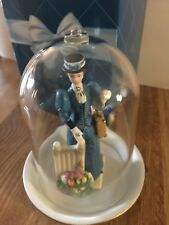 Avon 2009 Mrs Albee Miniature Figurine