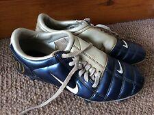 Raro Retrò Blu e Bianco Nike Total 90 Scarpe Da Calcio UK 5