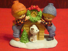 Enesco Country Cousins Katie and Scooter & Spot  hanging Christmas Wreath