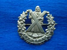 QUEENS OWN CAMERON HIGHLANDERS WHITE METAL CAP, BONNET BADGE + PIN,  REPRO
