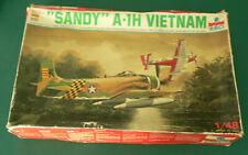 "F  Ancienne Maquette Avion ESCI 1/48 DOUGLAS A1-H SKYRAIDER "" SANDY "" VIETNAM"