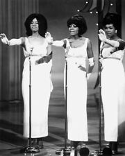 """Diana Ross and the Supremes Motown 10"""" x 8"""" Photograph no 308"""