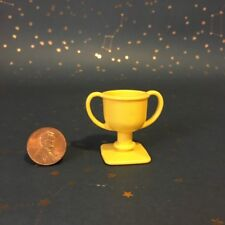 VTG My Little Pony MLP Yellow Gold Stable Trophy Replacement Accessory