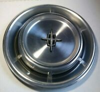 "1970-1973 LINCOLN CONTINENTAL 15"" WHEEL COVER HUBCAP 676 OEM D0VY1130A 6 SLOTS"