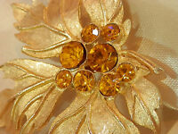 Wow Pretty Mellow Gold Tone Leaf Brooch Vintage 1960's  Rhinestone Brooch 102N7