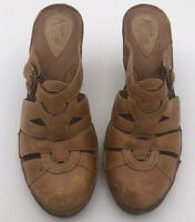 Women's Clarks Artisan Collection Brown Leather Heels Size 8