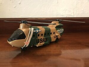 ⭐️ Vintage 1989 MICRO MACHINES U897 USAF Military TRANSPORT HELICOPTER Galoob ⭐️