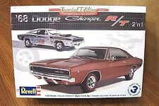 REVELL '68 DODGE CHARGER R/T 2'n 1 MODEL KIT 1/25 SCALE