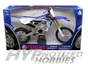 NEWRAY 1:6 MOTORCYCLES YAMAHA YZ450F BLUE 49643