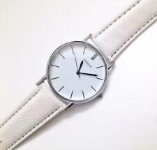 Reloj Analogico Unisex - Caja Cromada - Correa Blanca - Fashion Watch -  RG01B