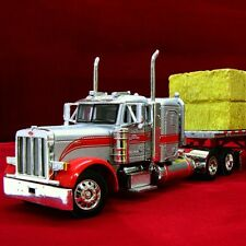 New & HTF DCP - GIGLI'S HAY & STRAW Peterbilt 379 with Loaded Flatbed - 30526
