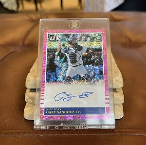 2019 Donruss Gary Sanchez Pink Burst Auto Autograph No. 85-GS Yankees Catcher