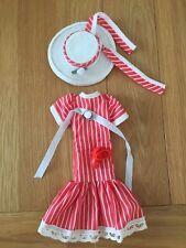 Muñeca sindy vintage hecho a mano ropa