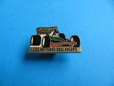 90's Vintage F3000 Auto De Carreras Pin Insignia. Eric angelvy conductor.