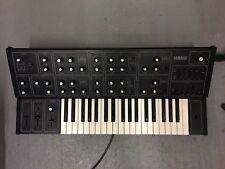 Yamaha CS15 - Modified - 2 VCO Analogue Synthesiser - Moog Knobs & Filter Mod