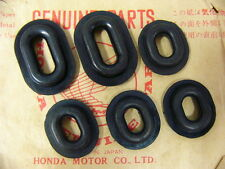 Honda CB 750 Four K0 - K6 Haltegummi Set für Seitendeckel Rubber, Set Variante 2