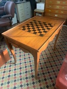 Newport Game Table - chess, checkers and opens up for backgammon