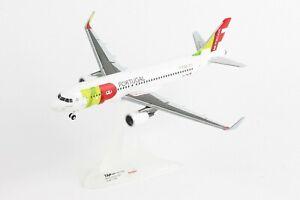 HERPA HE558747 TAP AIR PORTUGAL1:200 AIRBUS A320 PLASTIC DISPLAY MODEL AIRPLANE