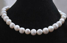 "9-10MM White Akoya Cultured Pearl Necklace 18"" AA"