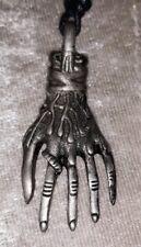 HALSKETTE KETTE SKELETT HAND BIKER PIRAT GOTHIC SKULL ZINN Halloween 12 Motive