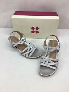 Naturalizer Salute Silver Wedge Slingback Sandals Size 7.5W M512