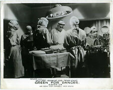 GREEN FOR DANGER 1946 Trevor Howard, Rosamund John 10x8 LOBBY CARD #5