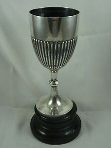 MAGNIFICENT VICTORIAN silver TROPHY CUP, 1900, 644gm