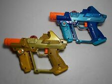 Lot of 2 2004 Tiger Laser Tag Gun Shooting Games Hasbro Two-handed Pistol C-290A