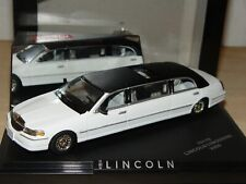 LINCOLN Town Car Limousine 2000 1/43 SunStar
