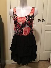 Motel Casual Dress Size Small/ NWT/ Layers/floral/black