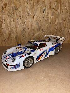 RC Auto Kyosho Porsche 911 GT1 Nitro zum Wiederaufbau