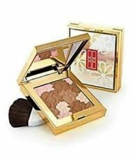 Elizabeth Arden  Pure Finish Radiant Bronzing Powder  Warm 10g... Free Post....