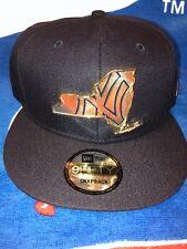 New Era 9Fifty New York Yankees Gold Stated Snapback Rare Metal Logo Badge New!