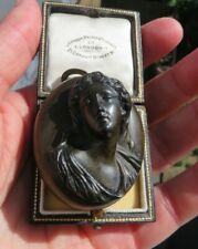 Antique Victorian 1870 High Relief Vulcanite Cameo Picture Locket
