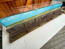 Sehr schönes Diorama H0, Bahnstrecke mit Plexiglashaube (GK 641)